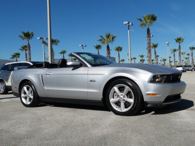 2011 Ford Mustang GT PremiumIUM