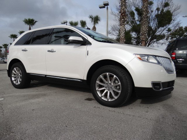 2012 Lincoln MKX Base 4dr Front-wheel