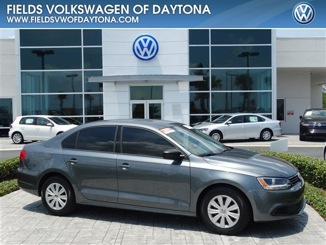 2011 Volkswagen Jetta Sedan 4dr Manual S