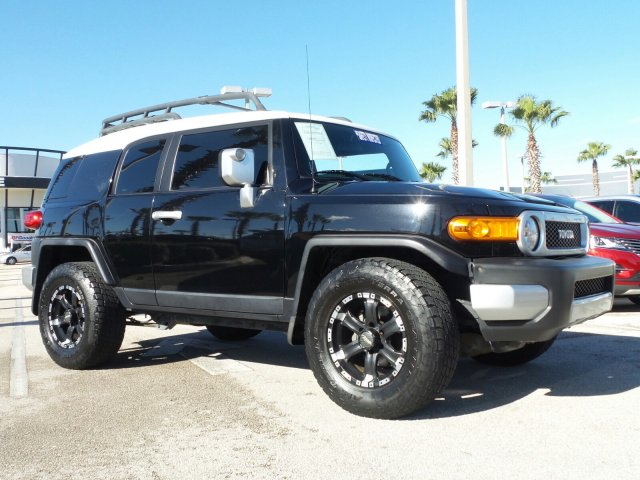 2007 Toyota FJ Cruiser 4DR 2WD AT